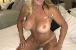Free porn pics of kinky milf Goldie 1 of 14 pics