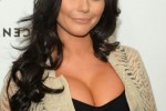 Free porn pics of Jwoww and her cleavage 1 of 3 pics